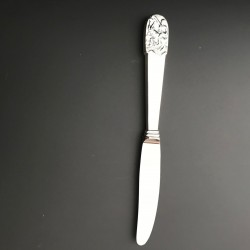 Kniv i sølv