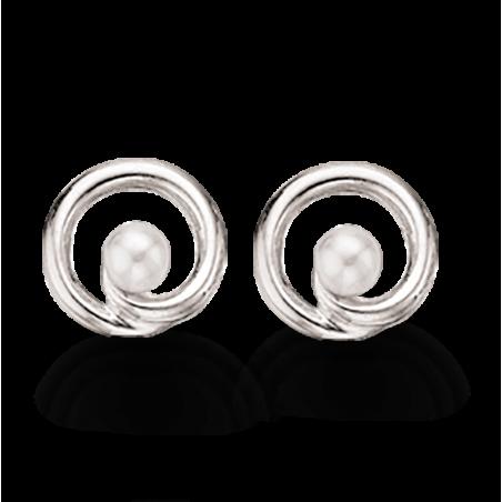Sølv øreringe med ferskvandskulturperle